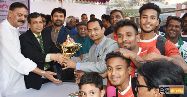 বঙ্গবন্ধু ফুটবলের ফাইনালে কুমিল্লার কাছে হারলো নারায়ণগঞ্জ